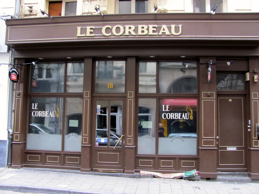 Le Corbeau - Wasn't He An Architect?, Brussels Old City, Brussels, Belgium, VHS 2010