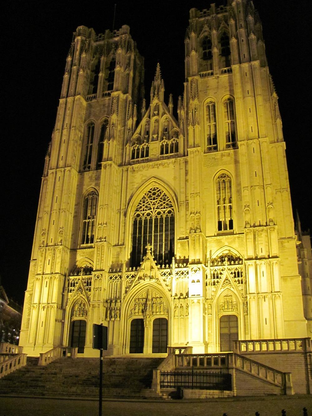 Cathedral des Sint Michielsen Goediekekathedraal, Brussels, Belgium, VHS 2010
