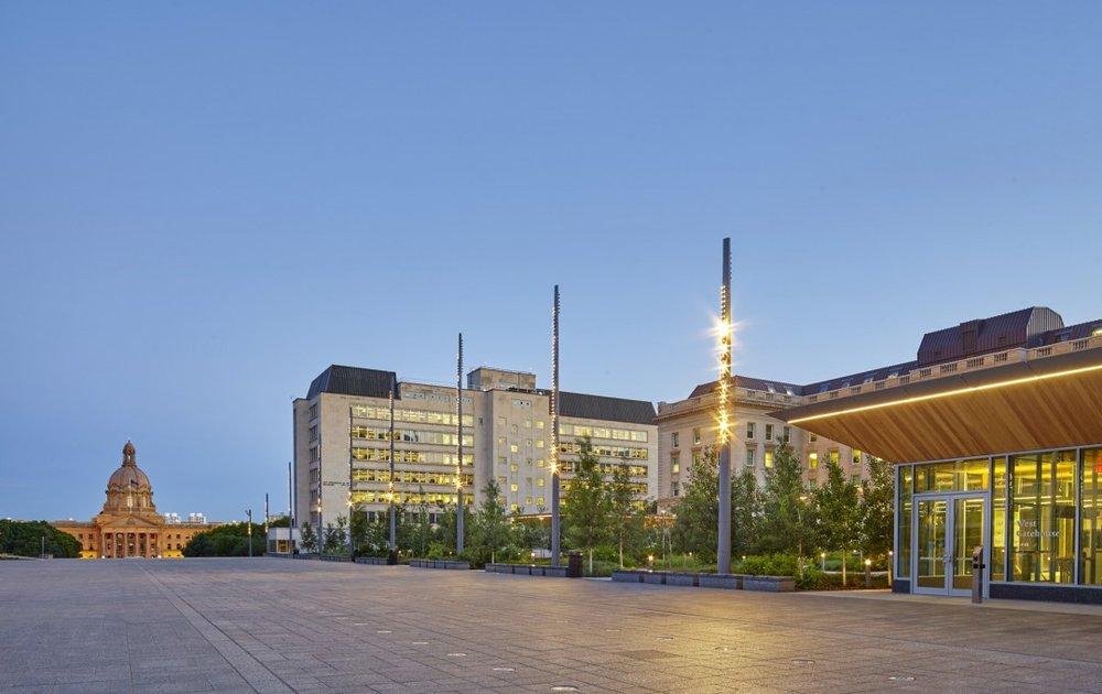 Image courtesy Gabriel MacKinnon; Centennial Plaza design Moriyama & Teshima