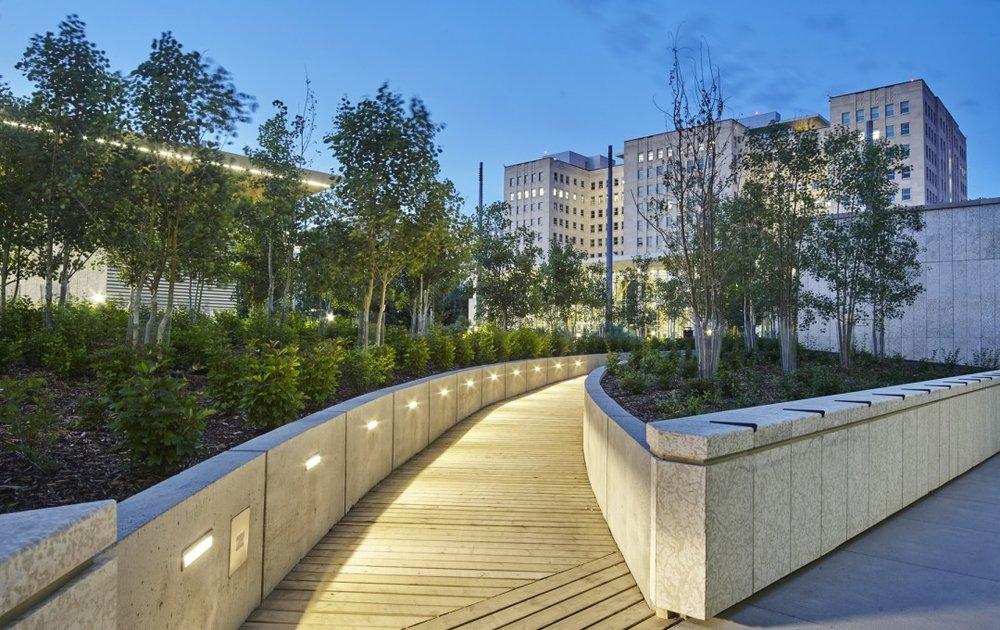 Image courtesy Gabriel MacKinnon; Ecocline Garden design Moriyama & Teshima