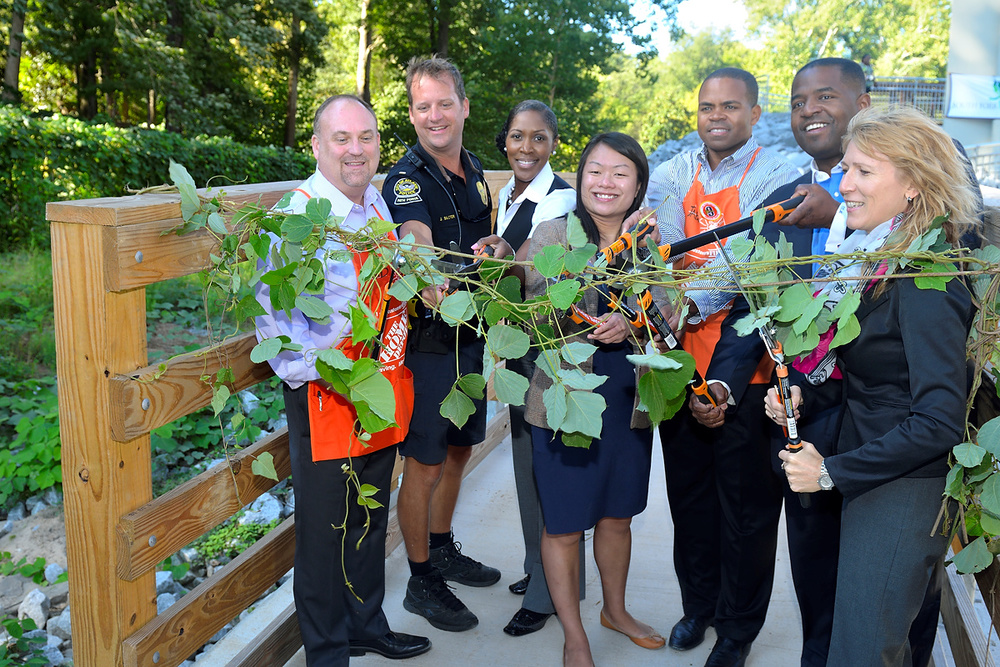 From left to right: Home Depot Lindbergh Store Manager David Sharpton, Lieutenant Jeff Baxter APD, Director of Sustainability Denise Quarles, newly appointed commissioner of City of Atlanta Parks and Recreation Amy Phuong, Home Depot Regional Manager Jabarr Bean, Atlanta Council President Ceasar Mitchell, Center Forward Planning's Heather Alhadeff. Photo courtesy of Eric Bowles' Photography