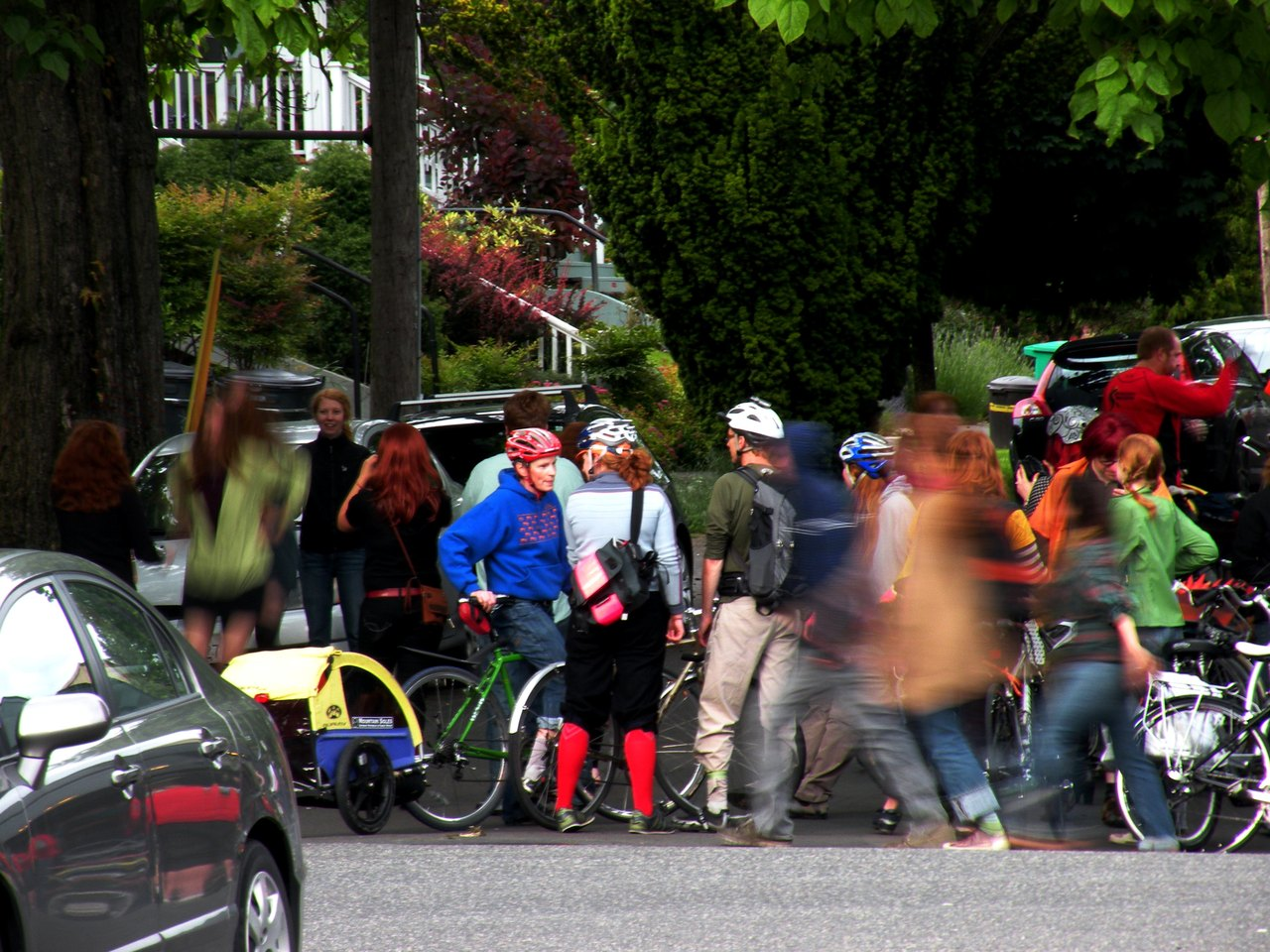 it's pedalpalooza in portland right now. awesome. and the ginger ride (red heads unite) was meeting up at the bar by my house