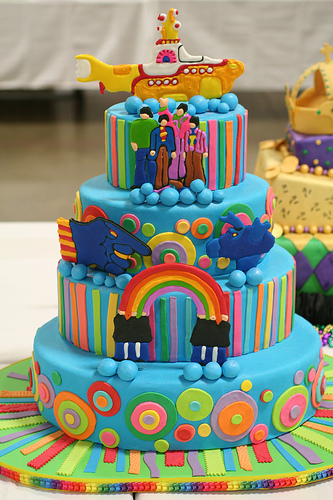 oh yeah. that's the kind of cake i would live in