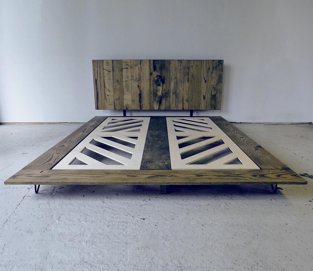 Minimalist Modern Platform Bed
