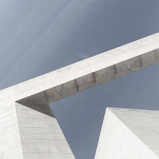 #minimal #architecture #angles