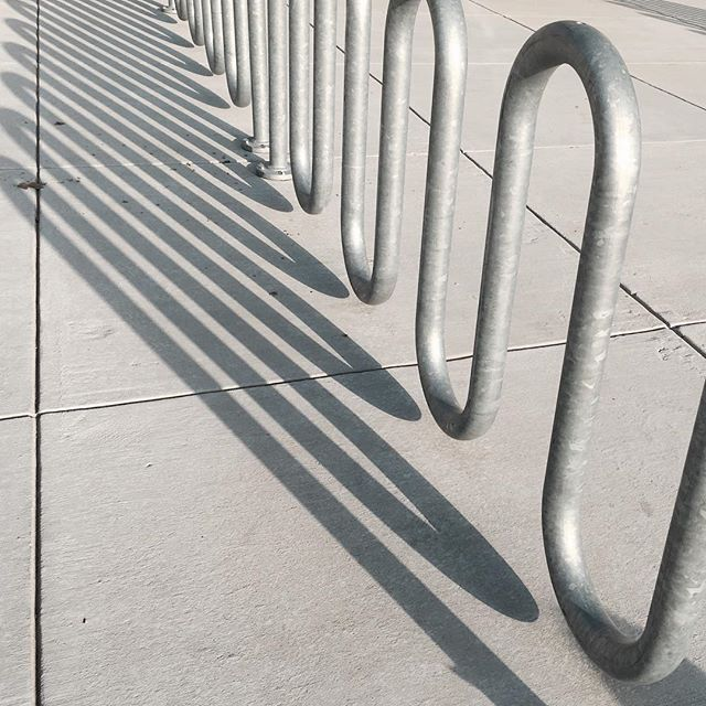 #minimal #metal #wave #bike rack