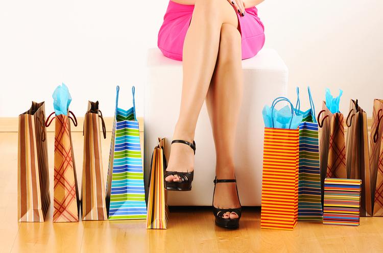 http://static.squarespace.com/static/5176fdb5e4b083b631f31303/t/528e6e7de4b036f36b319594/1385066131519/bigstock-Woman-s-legs-and-shopping-bags-15899501.jpg?format=750w