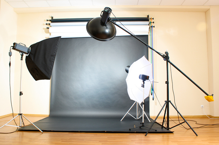 How to Create Your Own DIY Photo Studio