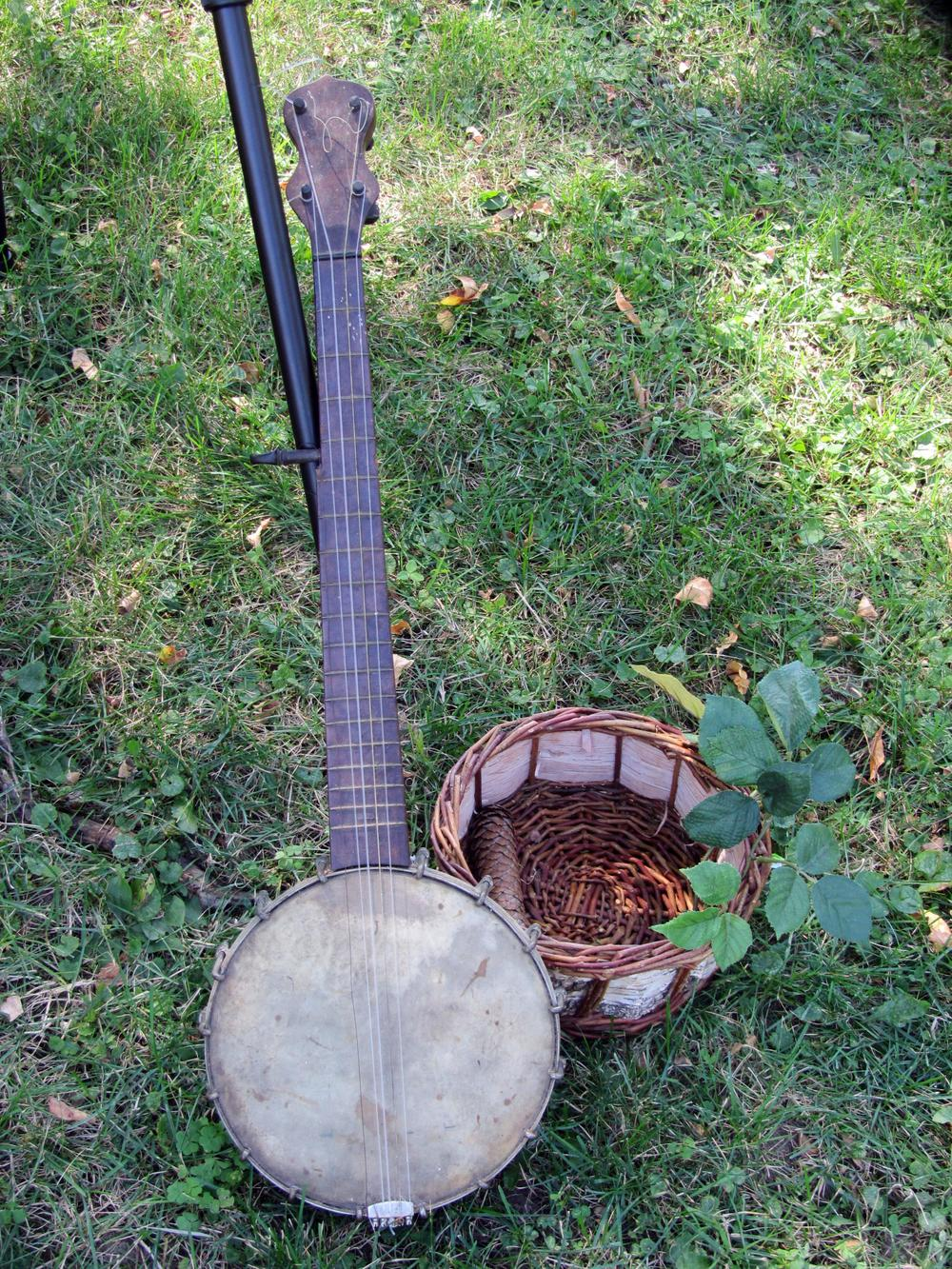 Antique Banjo.jpg