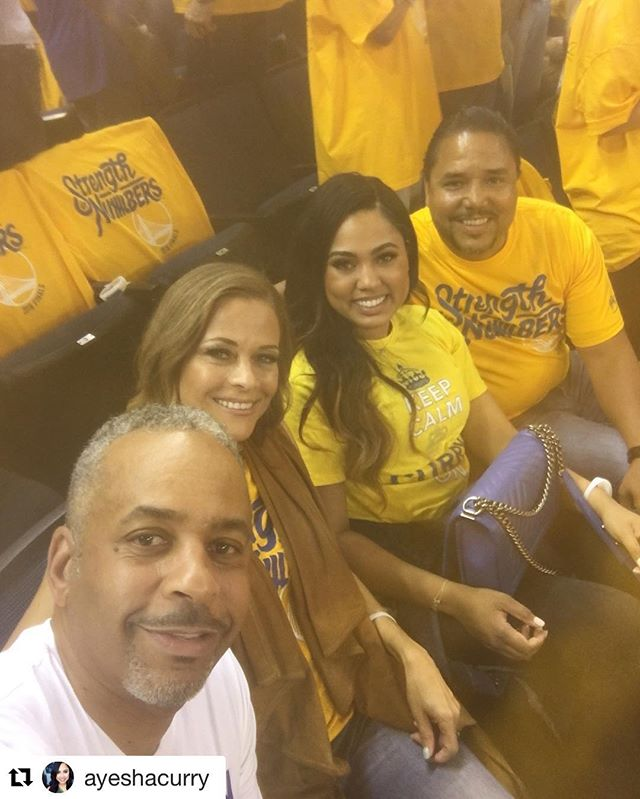 #Repost @ayeshacurry (via @repostapp) ・・・ Letssssss gooooooo! #warriorsground.  @ayeshacurry with that @piecekeeperclothing #kcco tee in playoff yellow 🙌🙌Warriors 1 - Cavs 0 #3moretogo 🙏🙏