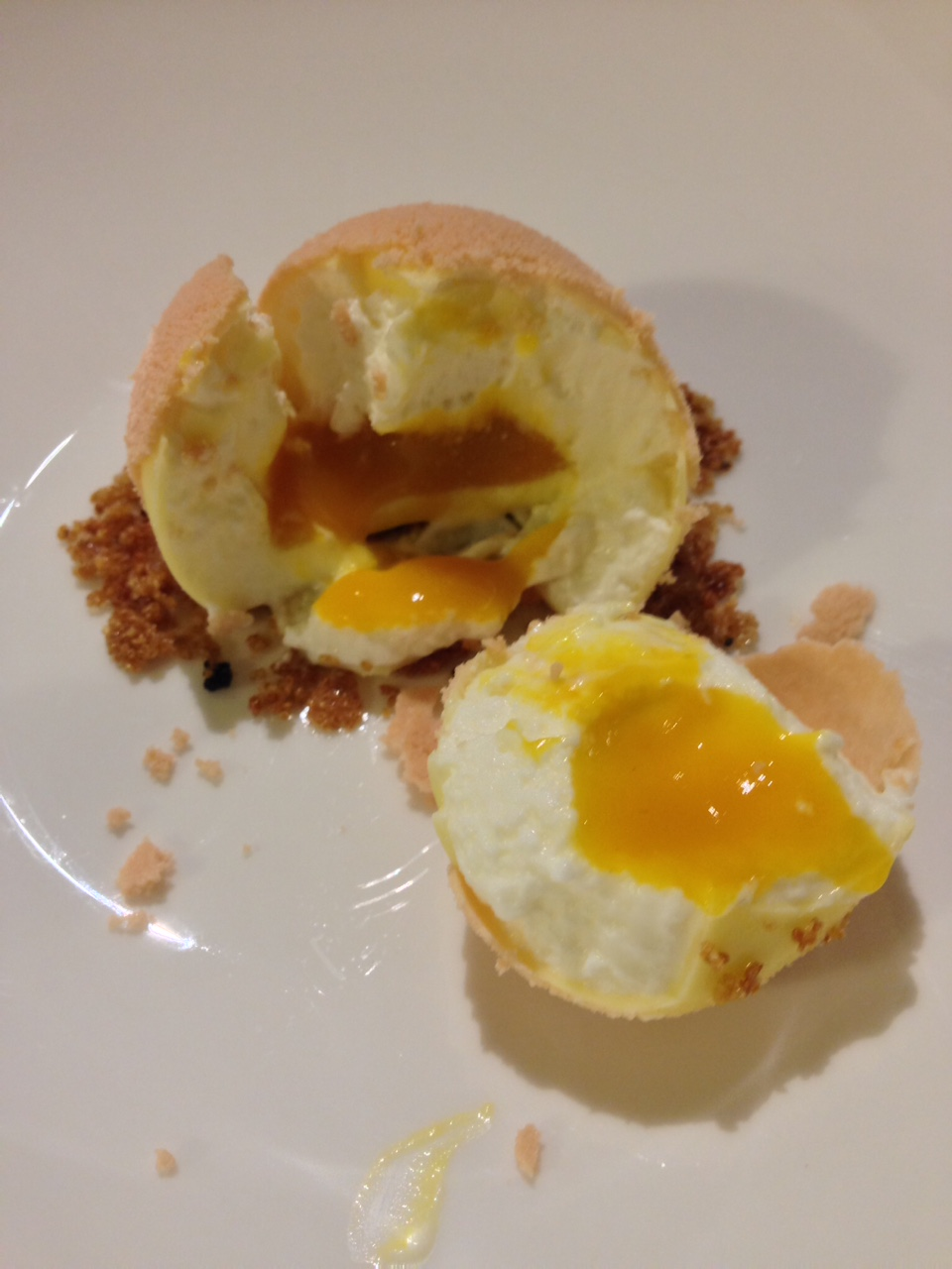 uovo, mango e yogurt: il dolce squisito di Andrea Berton -  Qui scoprite gli altri piatti