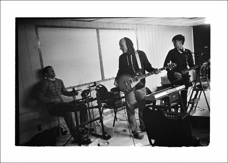 Band4.jpg