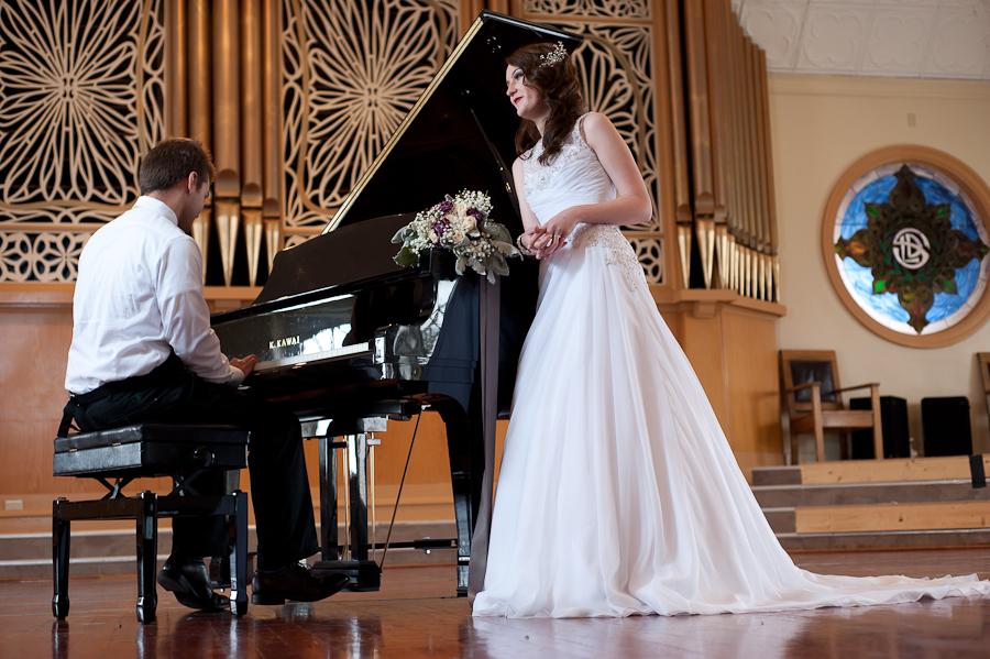 Susannah_Deangelo_Antique_Silver_Music_Hall_Wedding-19.jpg