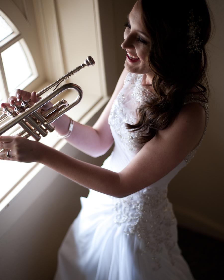 Susannah_Deangelo_Antique_Silver_Music_Hall_Wedding-34.jpg