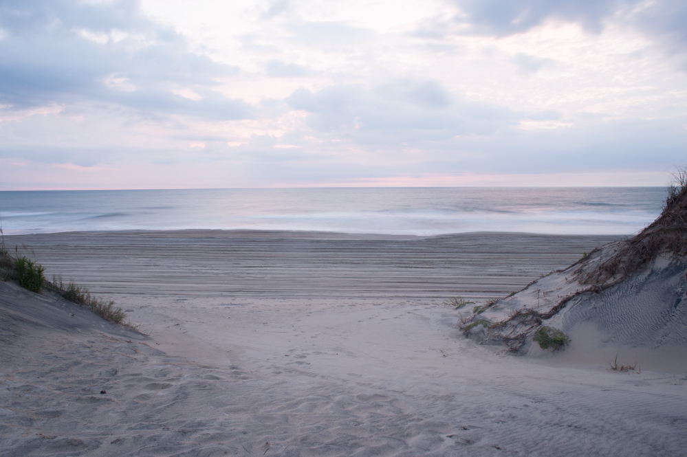 Outer banks 4WD beach at sunrise