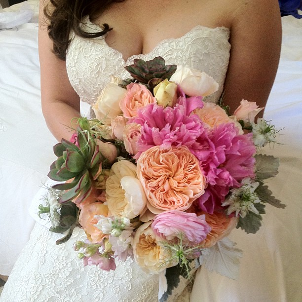 Nicole's bouquet turned out gorgeous!  Almost  as gorgeous as her.
