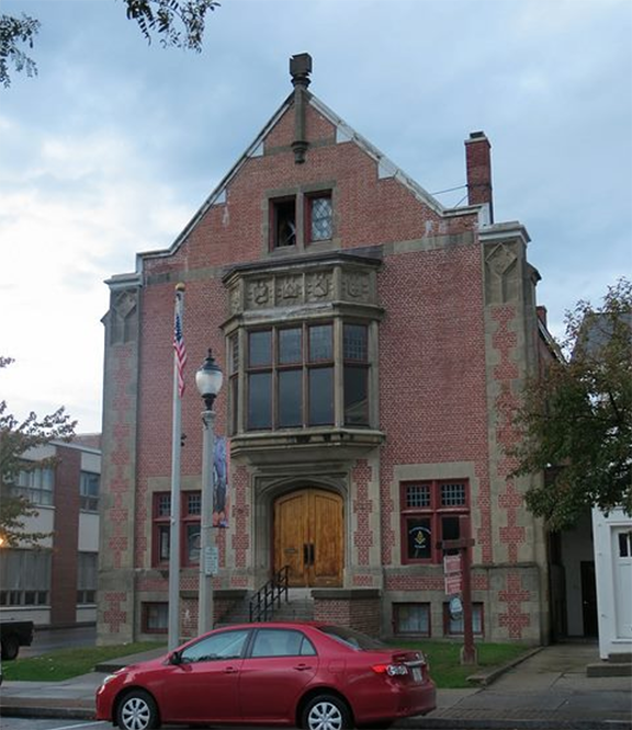 The Masonic Lodge at 504 Main Street in Bennington (Image from Google)