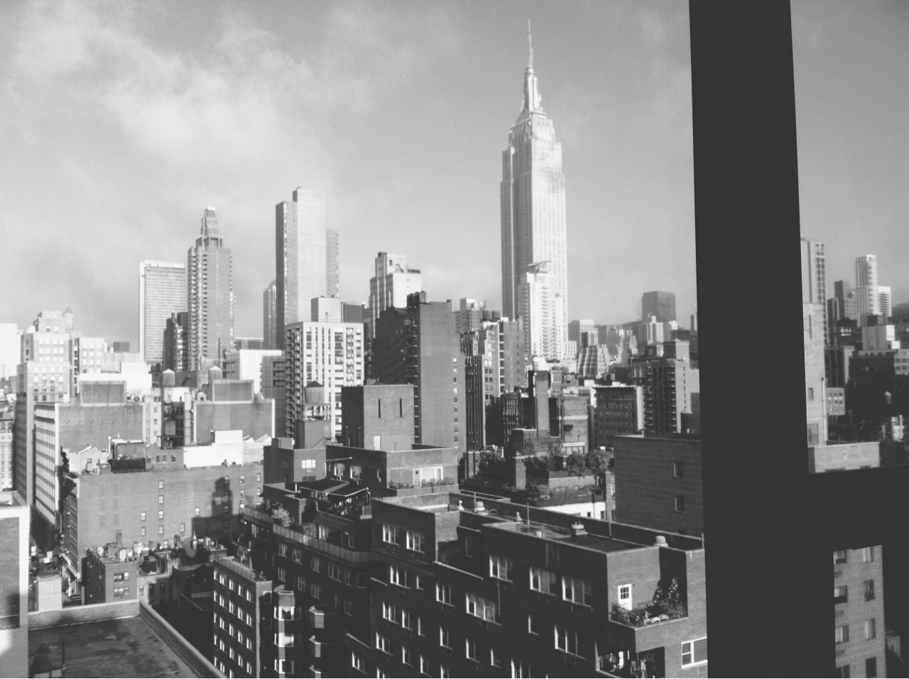 #nyc #skyline #empire #state #building #bw
