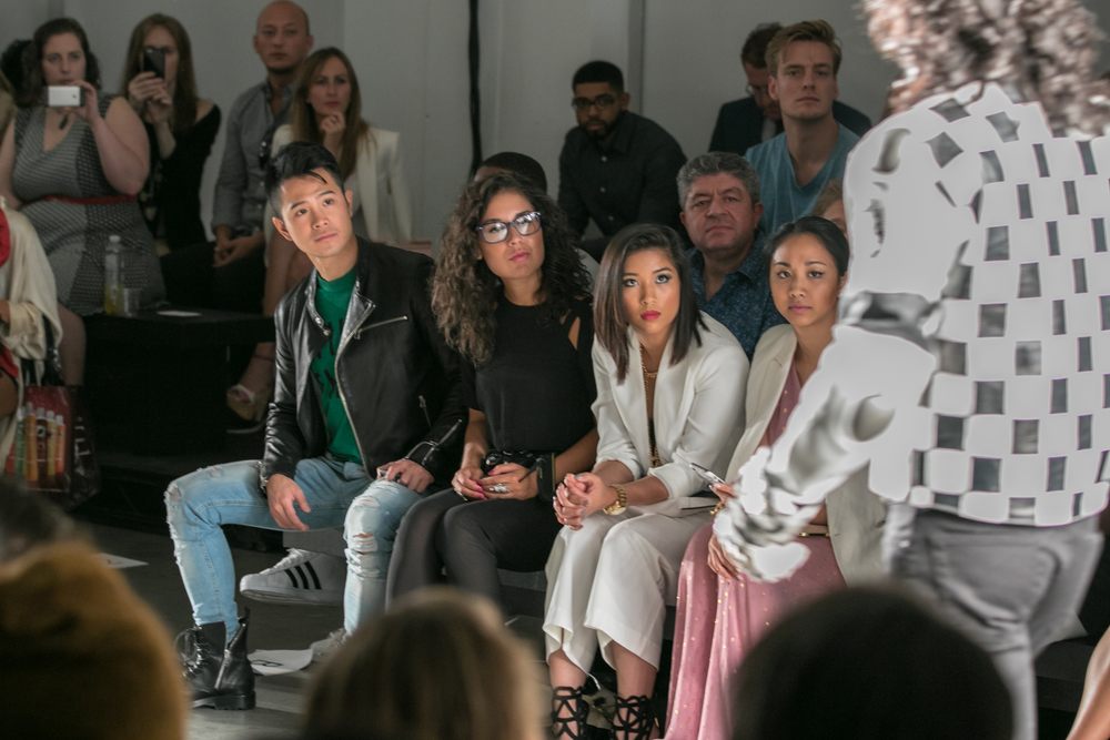 Nolcha_Fashion_Week_New_York_SpSu_2016-LQ0A9277.jpg