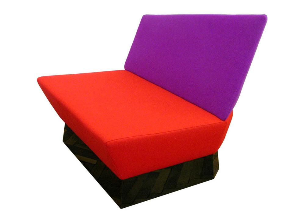 A3_BL_chair_3264_1020.jpg