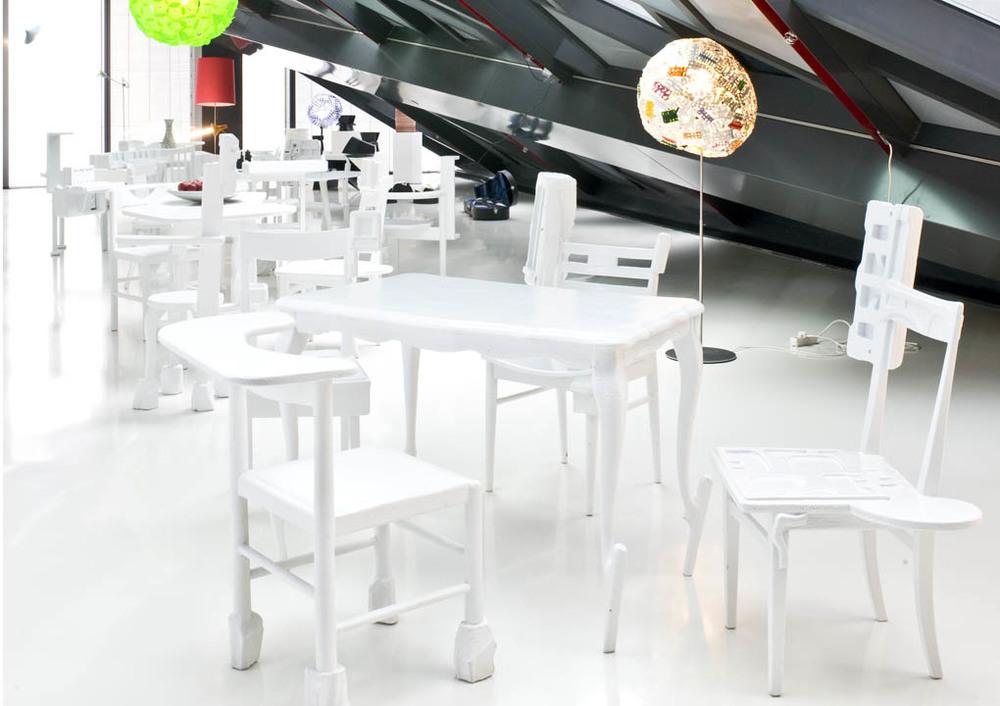 high tec low tec walking chair design studio gmbh. Black Bedroom Furniture Sets. Home Design Ideas
