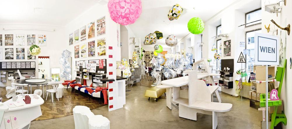 Walking Chair Design Studio Gmbh
