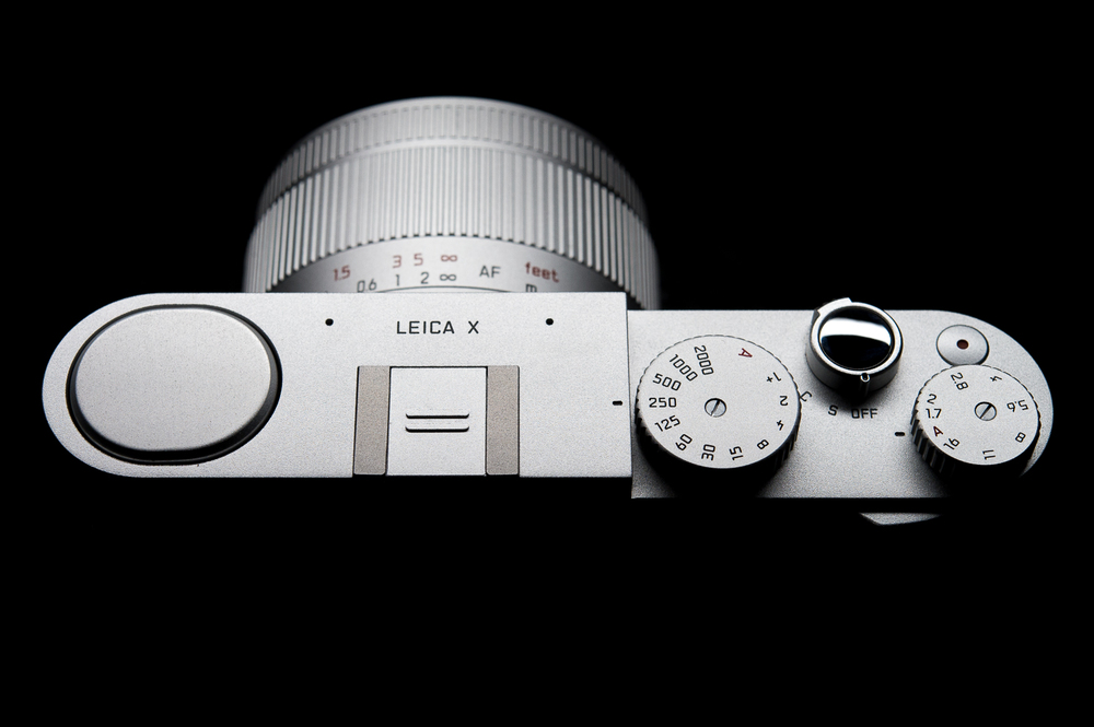 Leica X top of camera controls