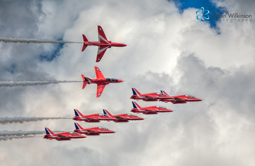 Red arrow display team
