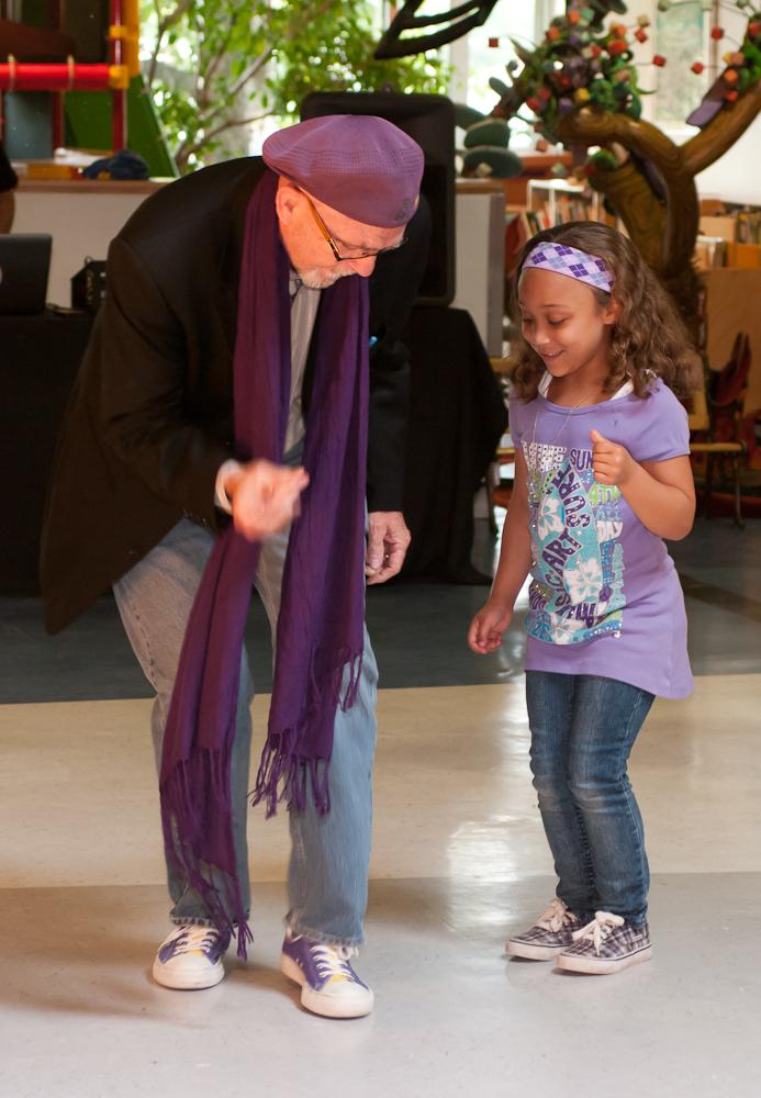20120428-uccc family dance-4468.jpg