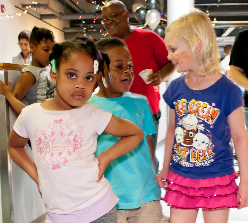 20120428-uccc family dance-4573.jpg