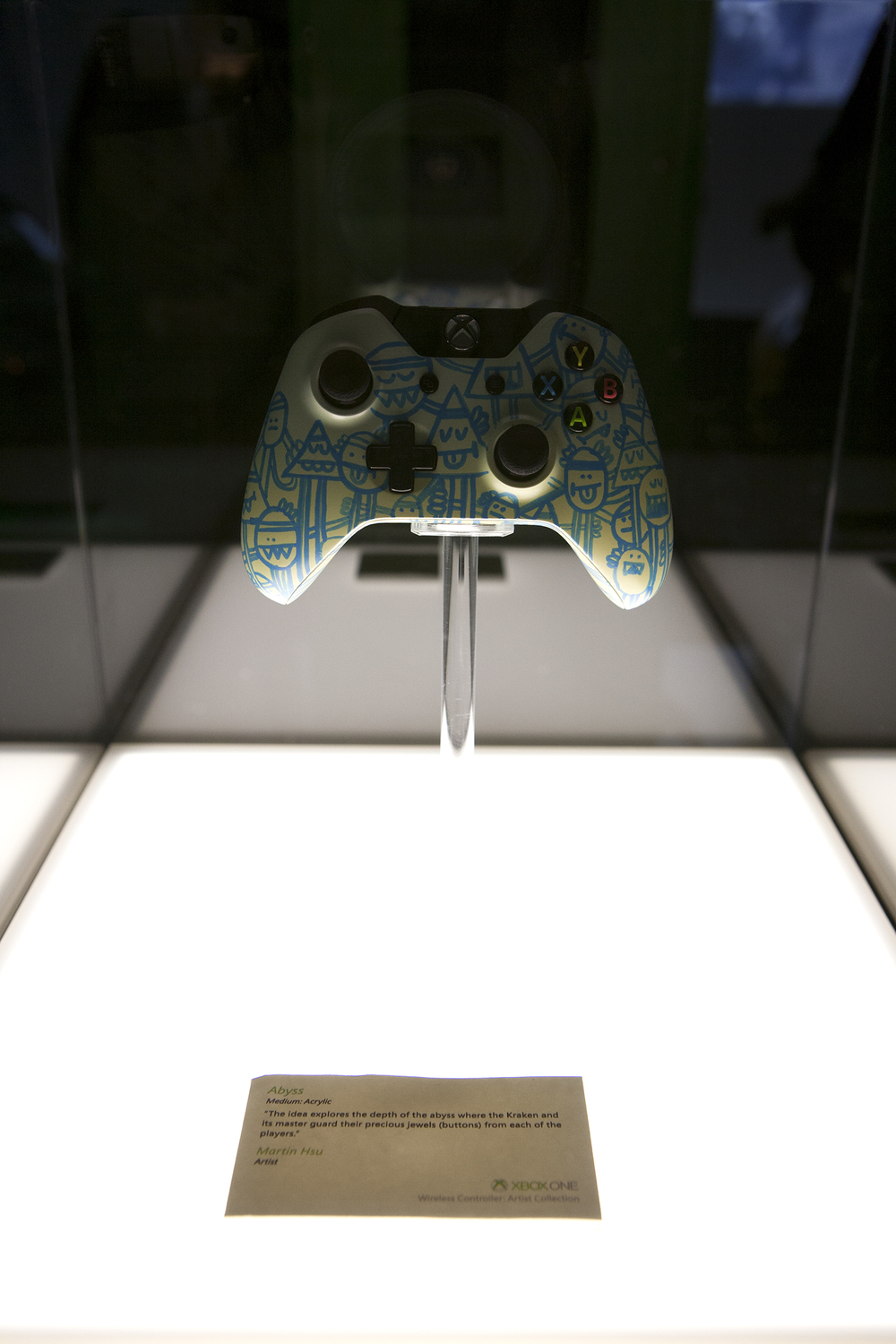 Graphic custom controller