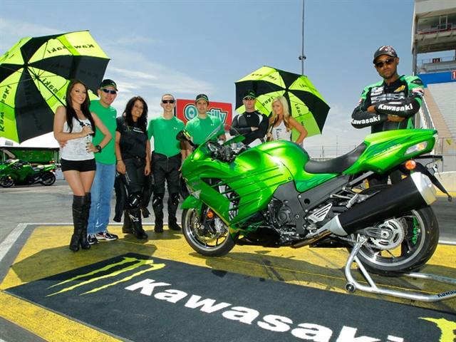 Kawasaki_ZX14R_6.jpg