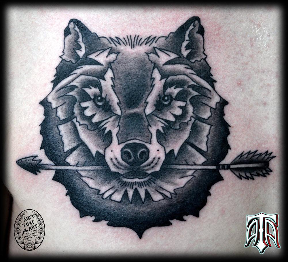 wolf-arrow.jpg