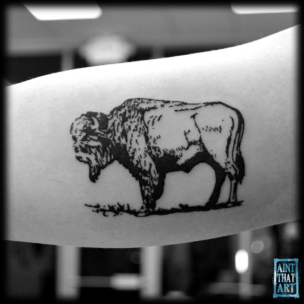 buffalo-bicep.jpg