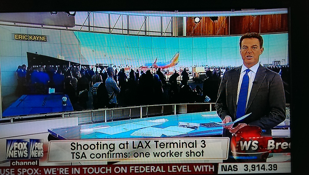 Shepherd Smith uses one of my twitter photos on his breaking newscast.