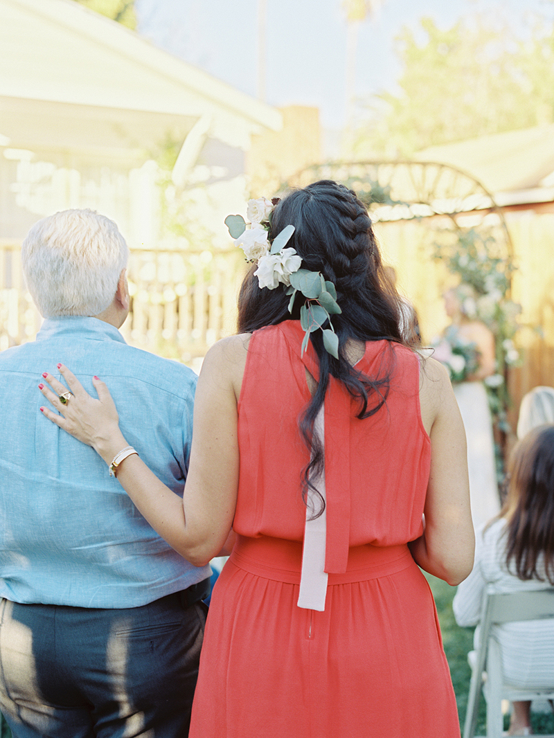 backyardwedding_ashleykelemen004.jpg