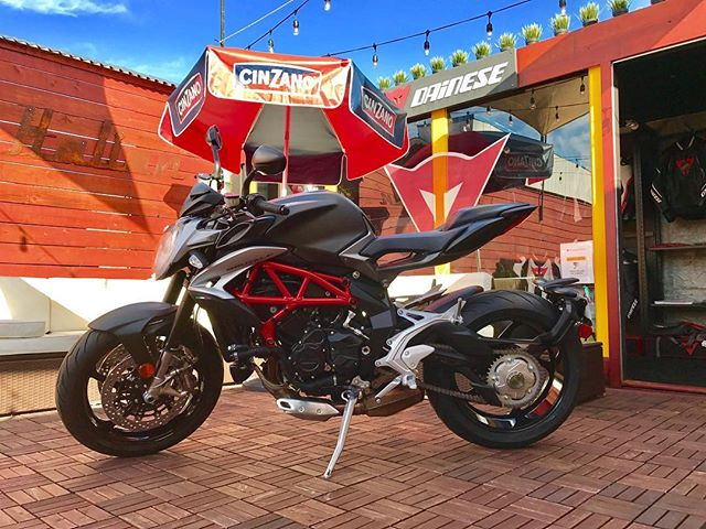 The latest and greatest fresh from #italy the only one in USA the new brutale 800 come look touch and smell her live @newportitalian #brutale800 #newbrutale800 #mvagusta #mvagustamotor #scprojectexhaust #brembo #pirelli #motuloil @mvagustausa @mvagustaclub @mvagusta @mvagustanewportbeach @mvagustistagram @mvagustaofficial
