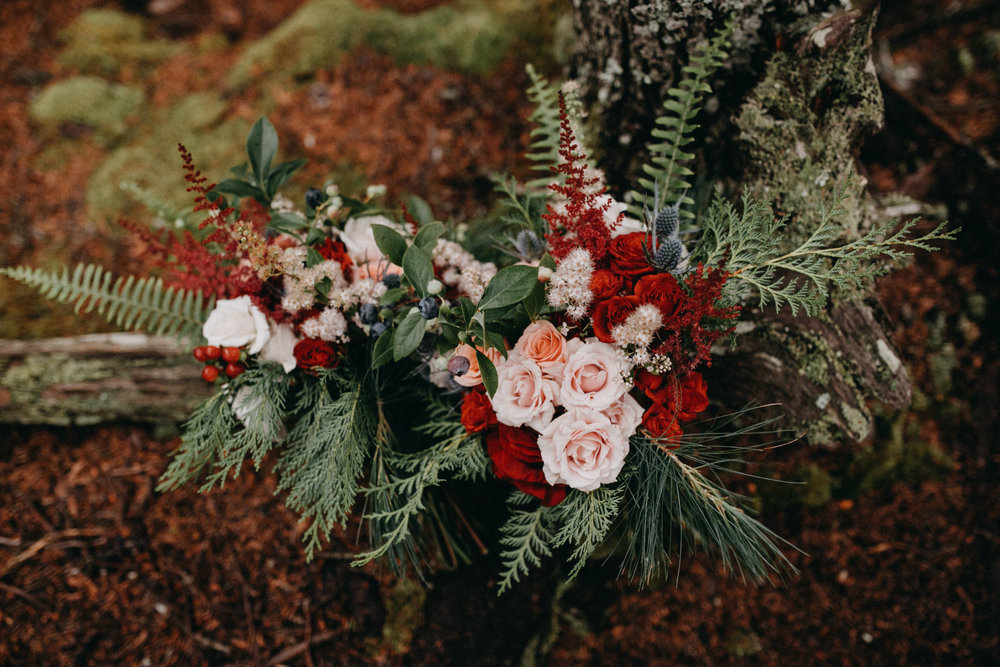 Floral design:  Maine Seasons Events  with local bluberries, raspberries, foraged forest greens and flowers, photo:  Emily Delamater