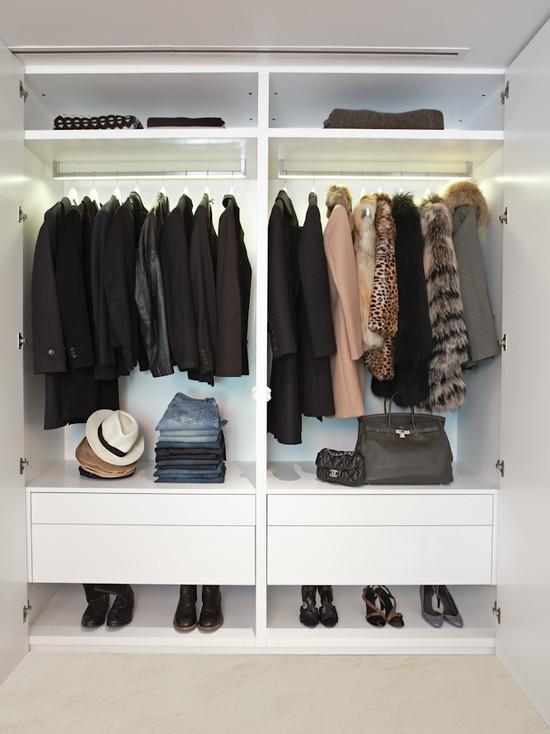 445925_0_15-8222-contemporary-closet.jpg