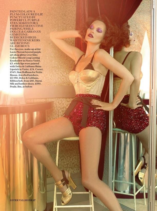 Scarlet Woman Kate Moss Vogue UK 5.jpg