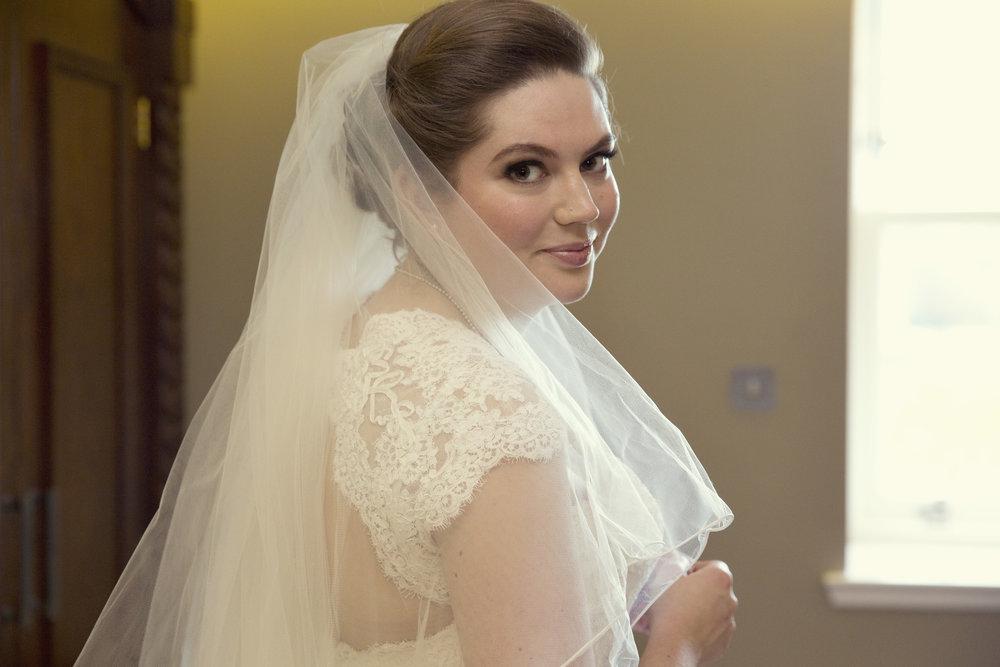 beautiful bridal makeup artist.jpg