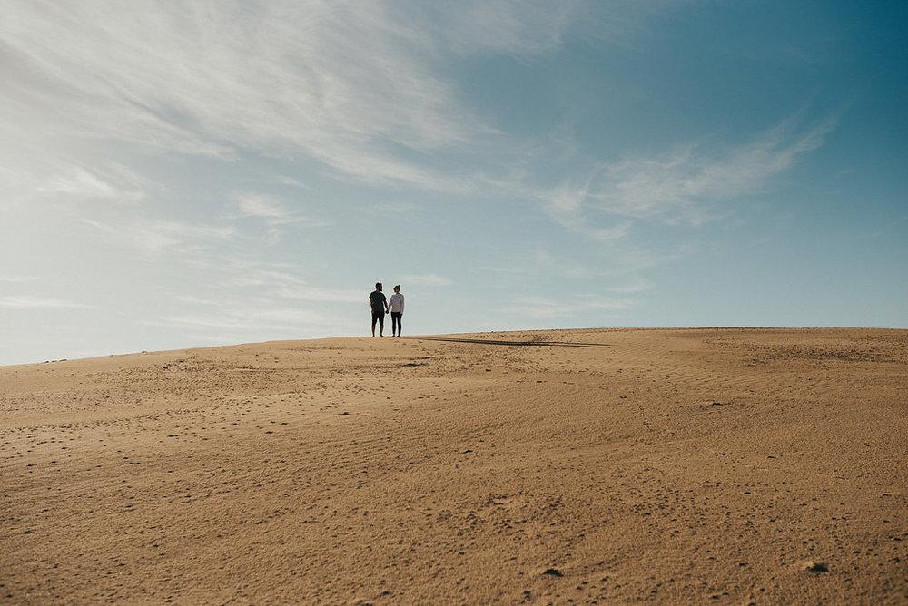 027-lauren-thiagos-relaxed-wilsons-promontory-engagement-by-georgia-verrells.jpg