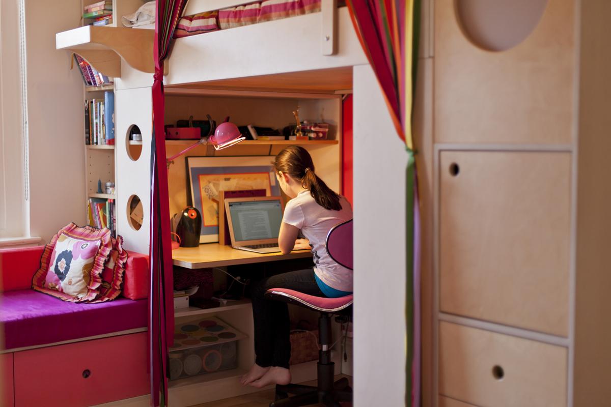 casa kids computer table