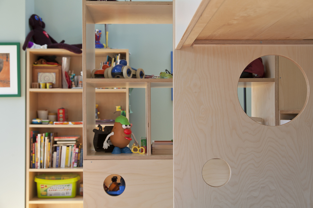 casa kids open storage space