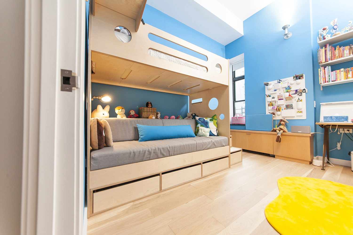Casa kids custom bunk bed with Daybed underneath.