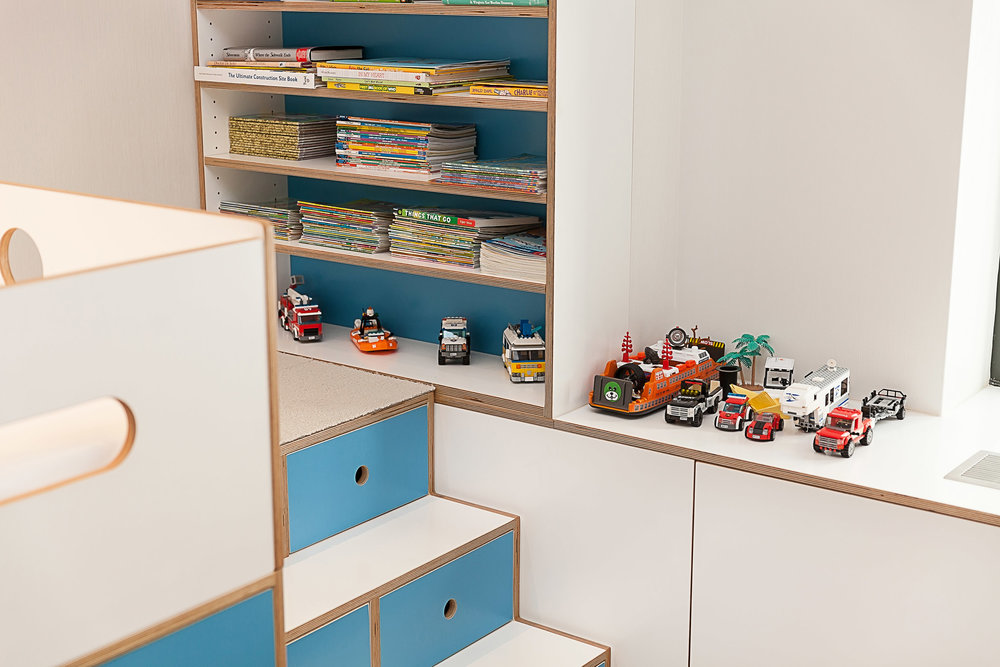 Detail Marino bunk, radiator cover - custom colors_01.jpg