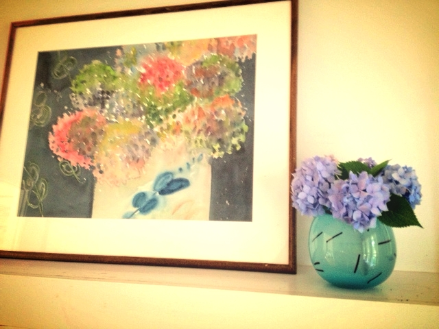 Painting by Mary Newhouse, glass vase by Alisa NewhouseSmith