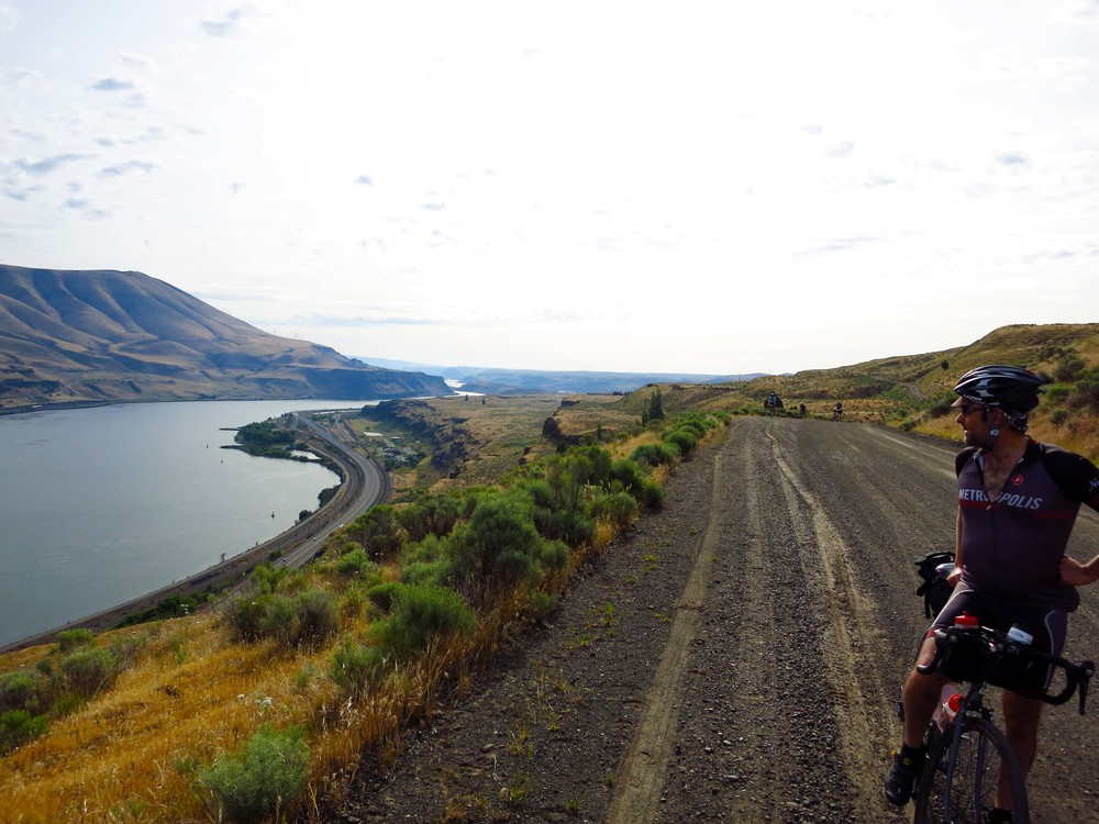 Old Moody Road and the Columbia River.