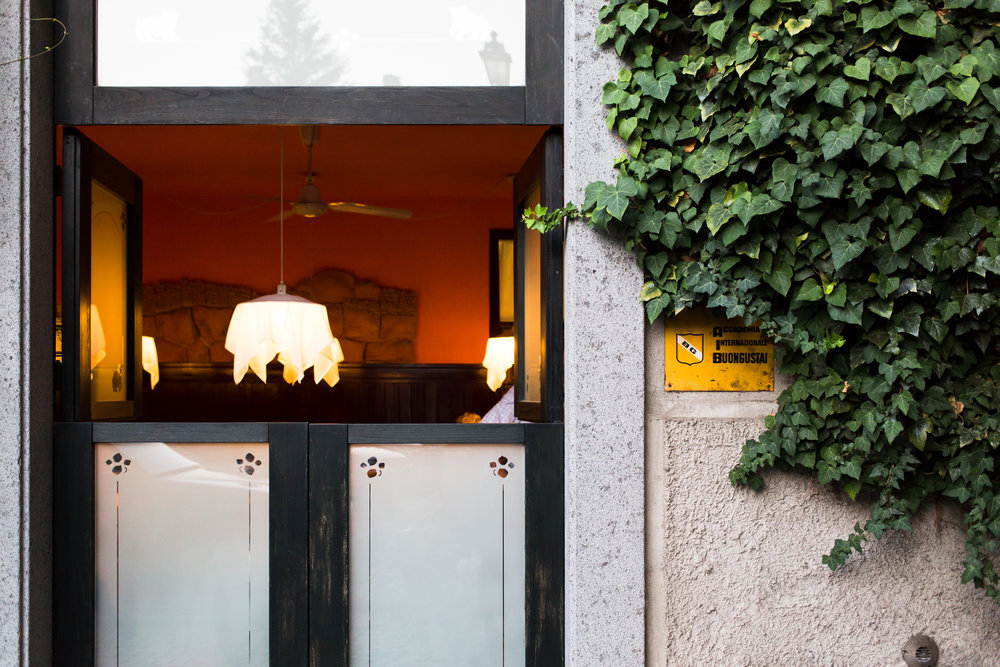 Amy Sinclair_Orvieto restaurant-1.jpg