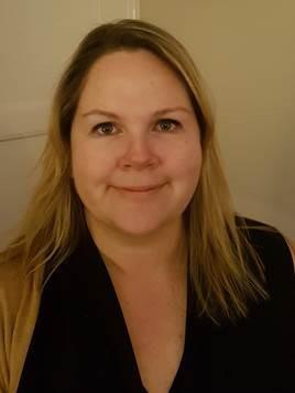 Jennifer Stone Author Photo.jpg